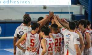 Oleggio basket mani