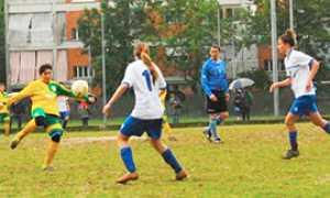 b calcio masera tiro volo